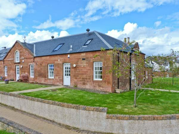 KENNEL COTTAGE, pet-friendly cottage, garden, close amenities, St Boswell nr Newton St Boswell Ref 25917 - Image 1 - Scottish Borders - rentals