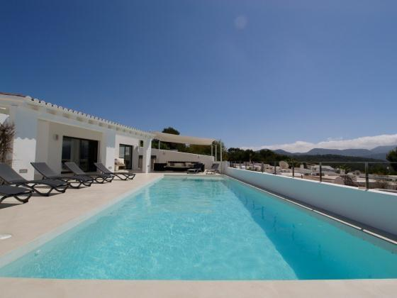 5 bedroom Villa in Cala Conta, Ibiza : ref 2133399 - Image 1 - Cala Tarida - rentals