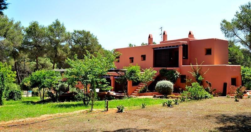 4 bedroom Villa in Santa Gertrudis, Ibiza, Ibiza : ref 2240094 - Image 1 - Santa Gertrudis - rentals