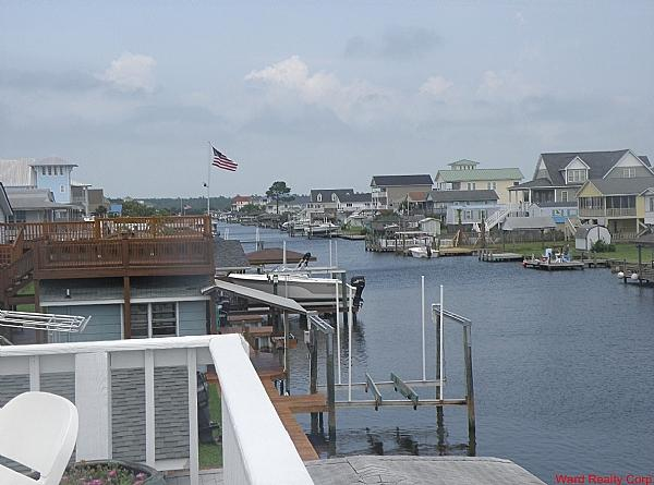 View of the canal from upper sundeck - Relaxation by the Canala - Surf City - rentals