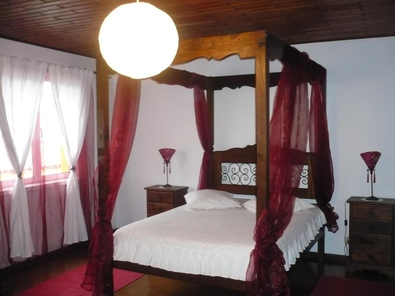 House for 7 in S. Miguel near beaches and golf - Image 1 - Ponta Delgada - rentals