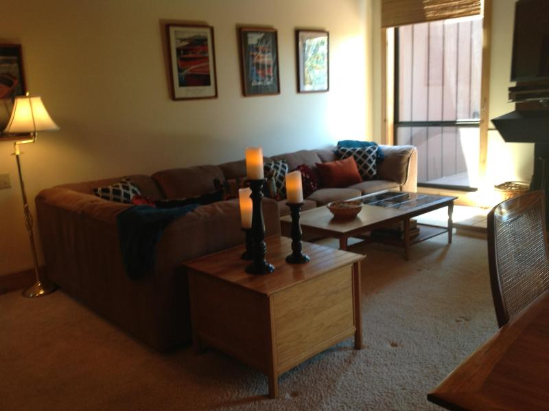 "Living Room w/ 46"" HD Plasma - 4BD/3BA Northshore Lake Views with 2 Master Suites - Tahoe City - rentals"