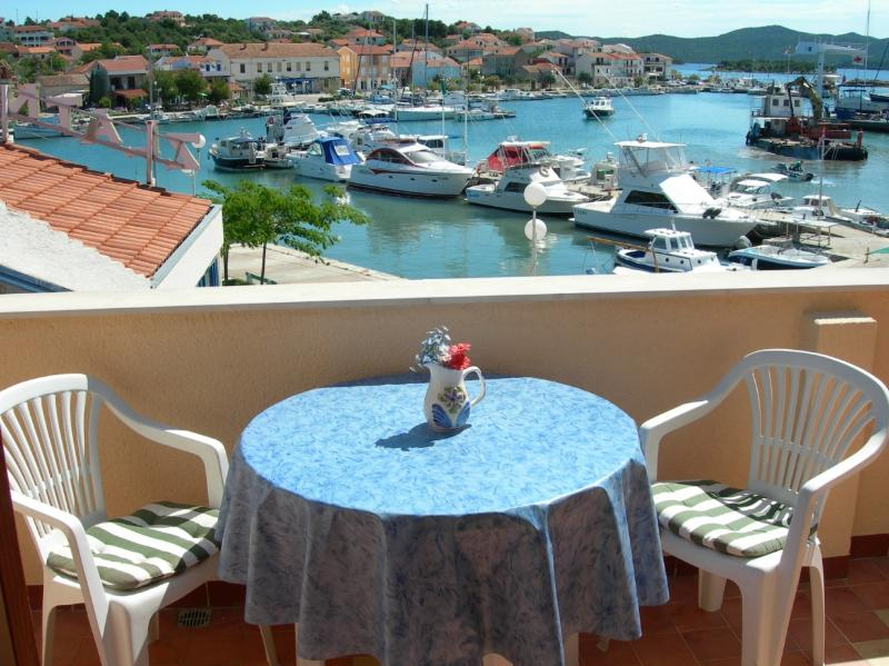 Great Apartment in Croatia!!! *** - Image 1 - Jenera - rentals