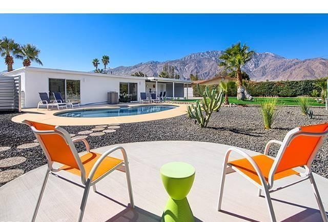 Amazing views of Mt San Jacinto as you relax in the backyard - Hip, Modern and Completely Private 3 BR Retreat - Palm Springs - rentals