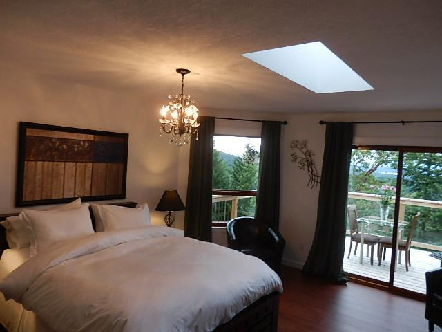 Arbutus room - Armand Heights Bed and Breakfast    Arbutus room - Salt Spring Island - rentals