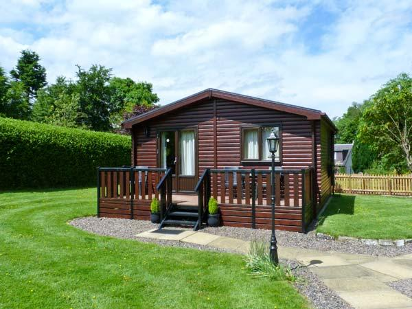 THE SPINNEY LODGE, pets welcome, romantic cottage, WiFi, large grounds, near Jedbugh, Ref. 26541 - Image 1 - Jedburgh - rentals