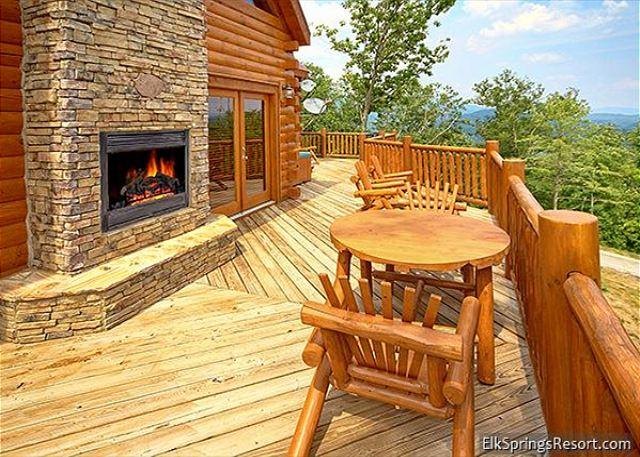 High End 3 Bedroom Cabin with Amazing Views - Image 1 - Sevierville - rentals