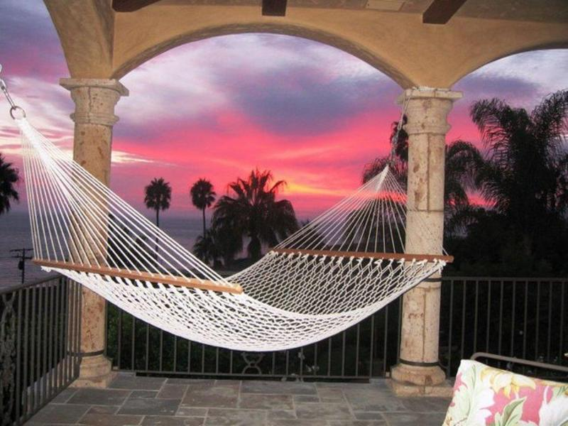 Enjoy Sunsets from the Loggia Hammock - Villa Bella Malibu - Uber Luxury above the Beach! - Malibu - rentals