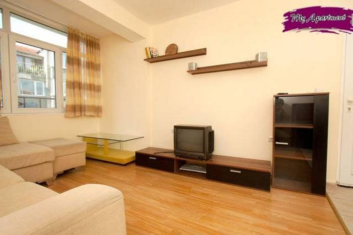 Nice two bedroom apartment in centre of Burgas - Image 1 - Burgas - rentals