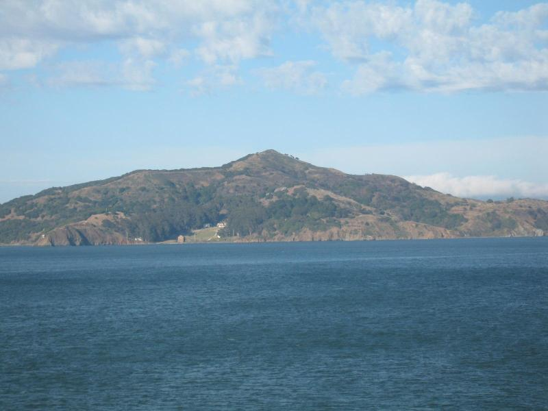 Angel  Is. from  the  deck - Best  view  in  the  W.! - Sausalito - rentals