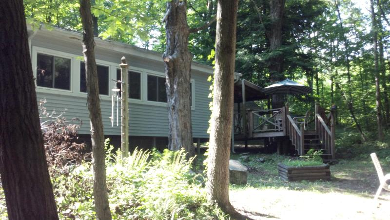 Camp Rocky Creek - Cabin For Hunting, Fishing, & Camping - Titusville - rentals