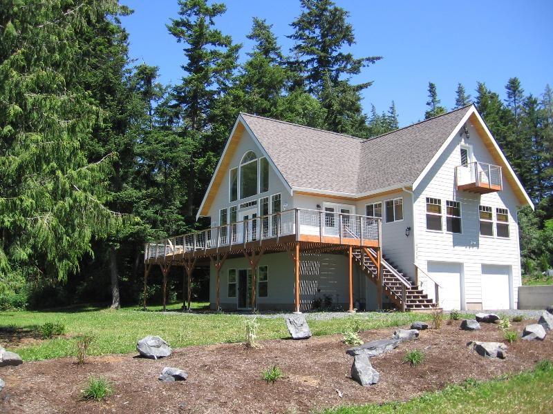 Home with Good Sunsets - Sunset Island Views - Lummi Island - rentals
