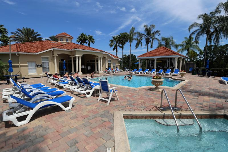 Emerald Island Resort .8423 3Bedr/2.5 bath Townhome Gated  5 star Resort - 9 min (5.0 mi) to D - Image 1 - Kissimmee - rentals