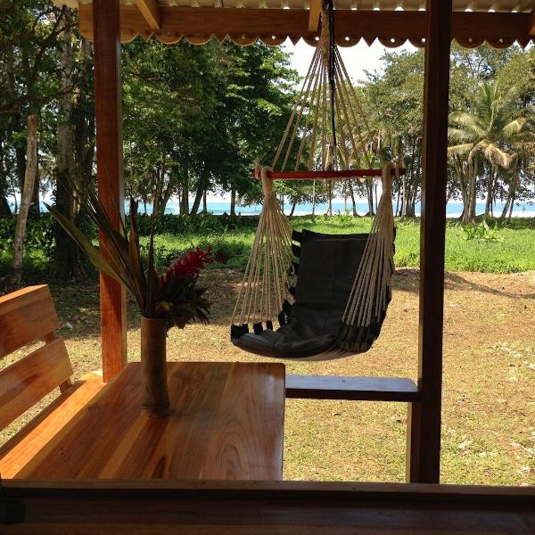 BEACH FRONT Romantic Cottage - Villa del Mar - Image 1 - Puerto Viejo de Talamanca - rentals