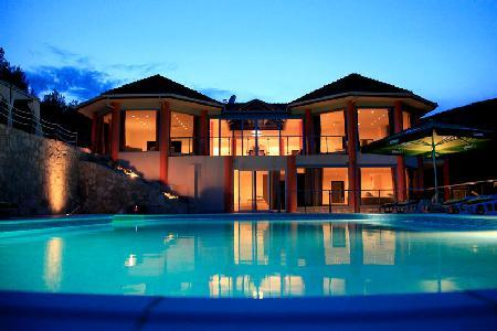 Romantic Villa Zaglav with a 37-m boat, pool, terrace and staff - Image 1 - Vela Luka - rentals