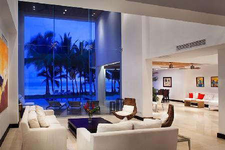 Beachfront Casa Del Mar- intimate pool- alfresco shower & entertainment room - Image 1 - Playa Hermosa - rentals