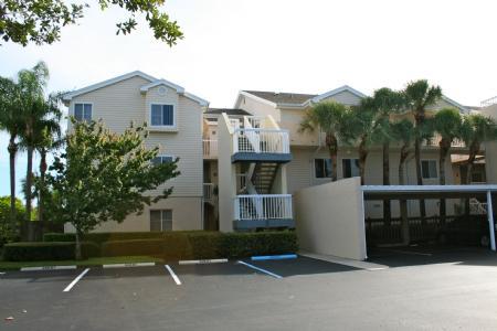 Lakeside Building - 5 LAKE206 - Pelican Bay - rentals