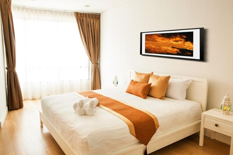 Bedroom - Marrakesh Luxury Beach Front Service Apartment - Hua Hin - rentals