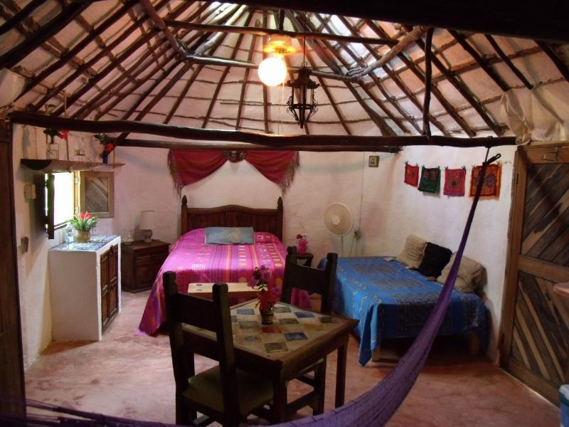 An authentic Mayan Hut converted into a room - Casitas Kinsol Guesthouse -Room 1- Puerto Morelos - Puerto Morelos - rentals