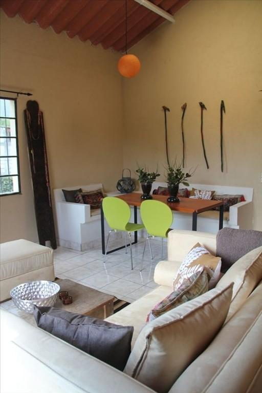 Dining area from lounge area on 1st floor - Chic 1 Bedroom Appartment in Quiet Yet Central Area of Antigua - Antigua Guatemala - rentals