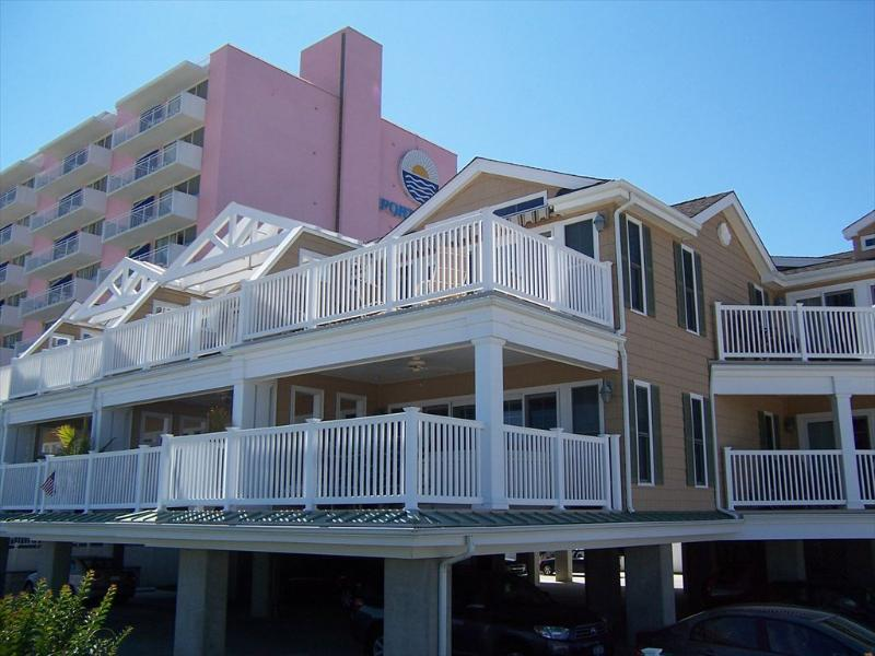 Watch the Dolphins play from this second floor unit - 1500 boardwalk 127015 - Ocean City - rentals
