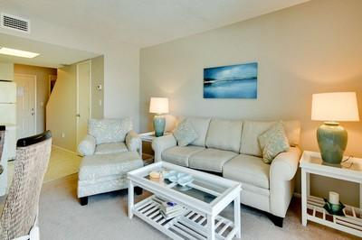 Living room - Fountain Head 2 - Holmes Beach - rentals