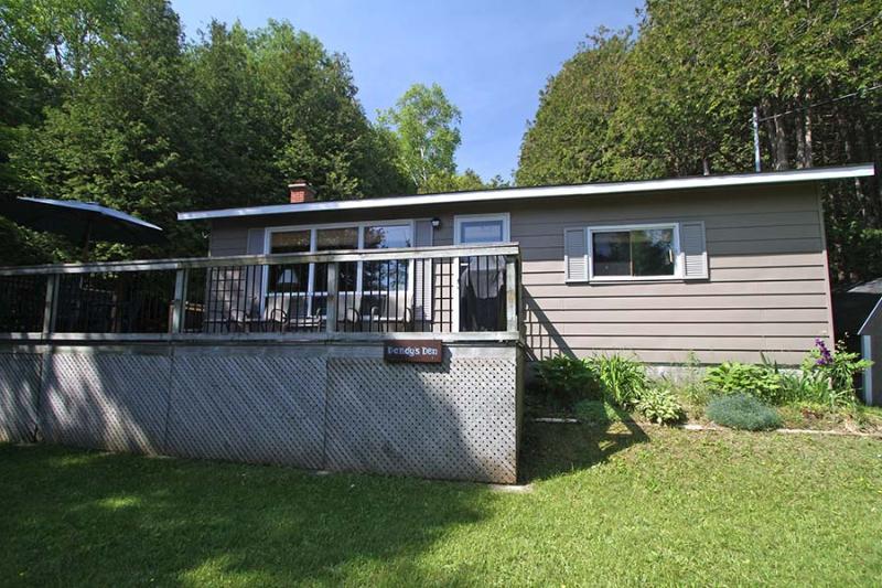 Dandy's Den cottage (#778) - Image 1 - Lions Head - rentals