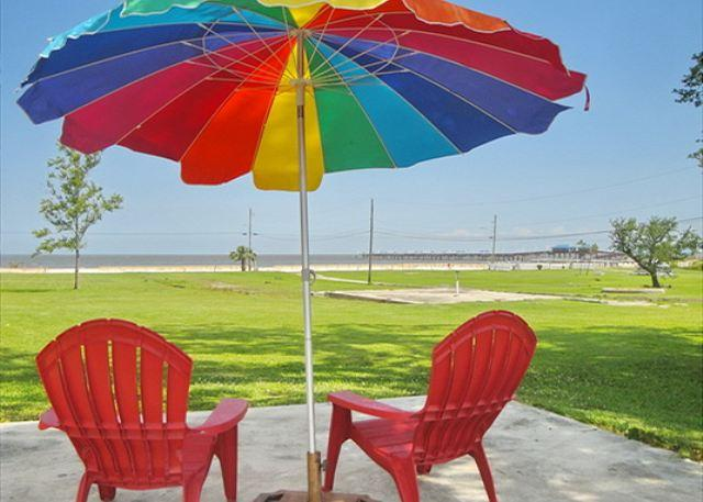 Relax!  Enjoy!  It Doesn't Get Any Better! - BEV'S BEACH HOUSE - BEAUTIFUL BEACH HOUSE IN WAVELAND, MS - Waveland - rentals