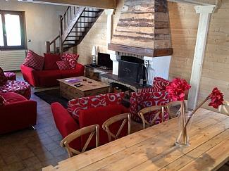 Lounge leading to Mezzanine bedroom and bathroom - Chalet Alys, in centre of historic mountain resort - Abondance - rentals