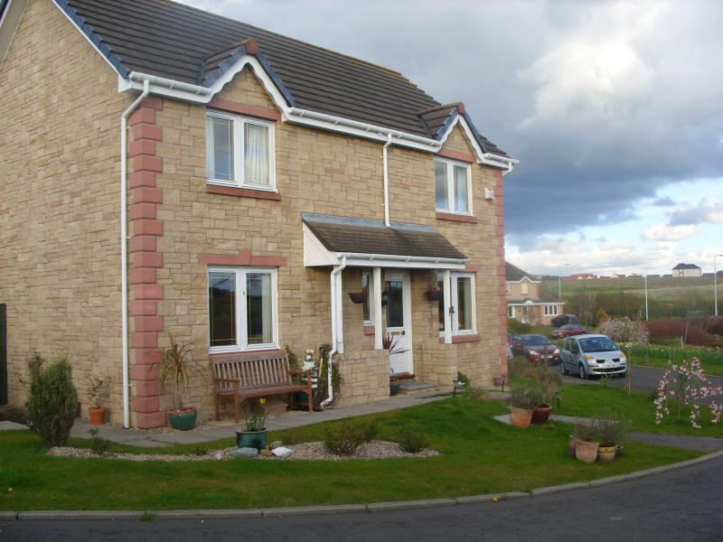 front of house - Homely Bed and Breakfast in Dunfermline, Scotland - Dunfermline - rentals