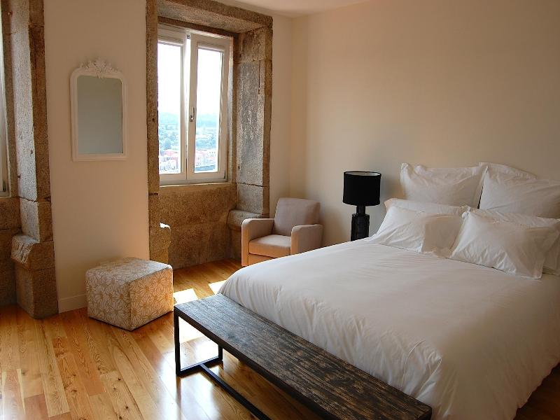 TOP FLAT - Amazing River Views - Studio - Image 1 - Porto - rentals
