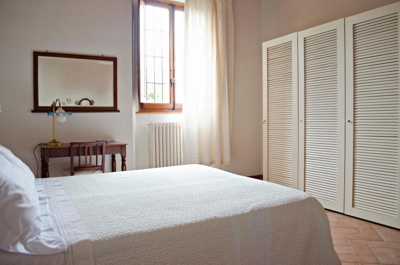 Apartment Close to Florence Center with Wifi and 2 Bikes - Image 1 - Florence - rentals