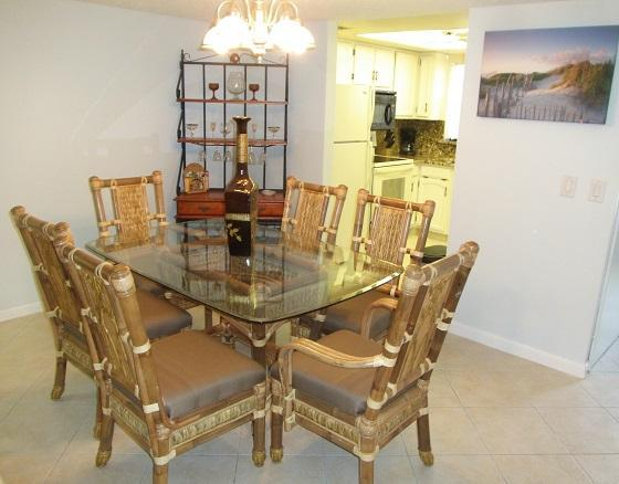 New Bamboo dining set - Next to Pier ... Fully Renovated ... Luxury Condo - Cocoa Beach - rentals