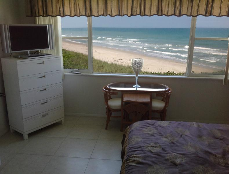 Master Bedroom with Oceanfront view - Excellent Views..On Beach...Pets OK...Fully Reno'd - Satellite Beach - rentals
