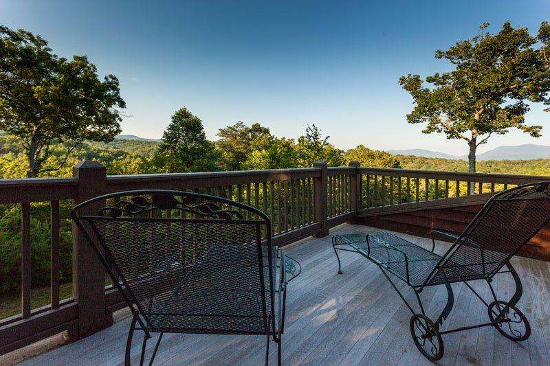 Private deck area off queen master bedroom - Angel Mountain Lodge - Ellijay - rentals