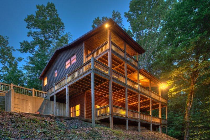 Bear Tracks Lodge - Blue Ridge GA - Image 1 - Ellijay - rentals
