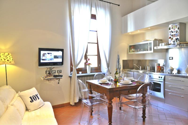 Superb Apartment Rental at Nerli Suite in Oltrarno - Image 1 - Florence - rentals