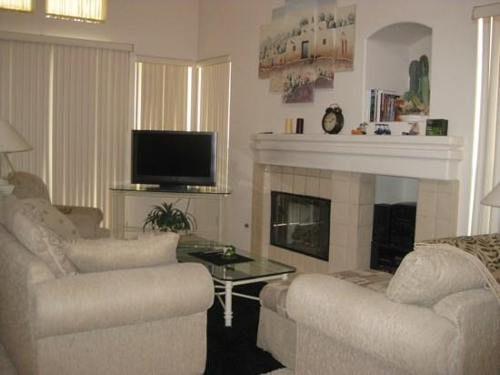 TWO BEDROOM VILLA W/POOL & SPA ON EAST TRANCAS - VPS2ROS - Image 1 - Palm Springs - rentals