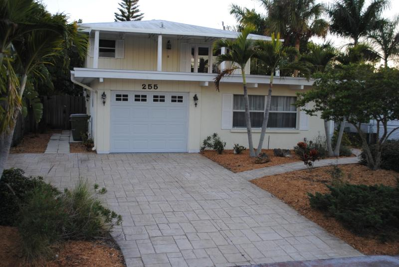 Walk to St Armands Circle! Spacious Home with Secluded Pool! - Image 1 - Sarasota - rentals