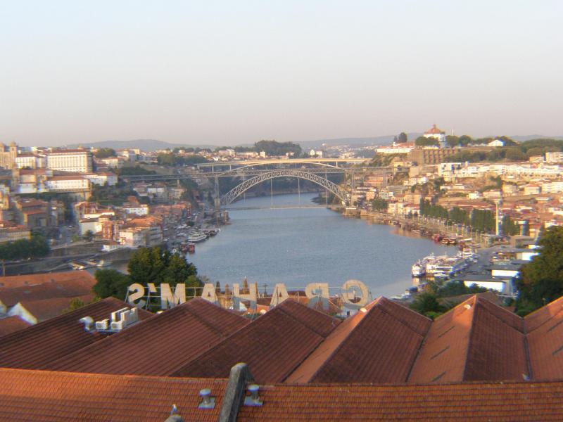 River View Flat - Historical Porto - Image 1 - Vila Nova de Gaia - rentals