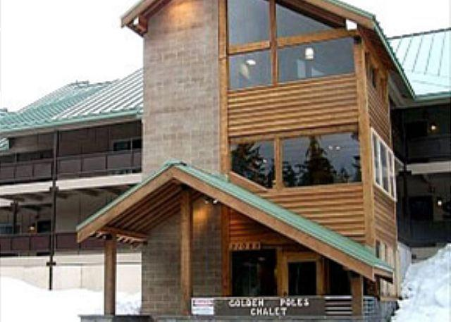 Walk to Ski Resort , Wifi, Heated Pool Year Round*Spring Break Special* - Image 1 - Government Camp - rentals