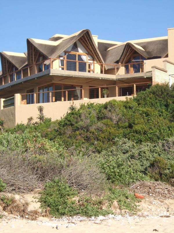 House from the beach - Luxury house on the beach Supertubes, Jeffreys Bay - Jeffreys Bay - rentals