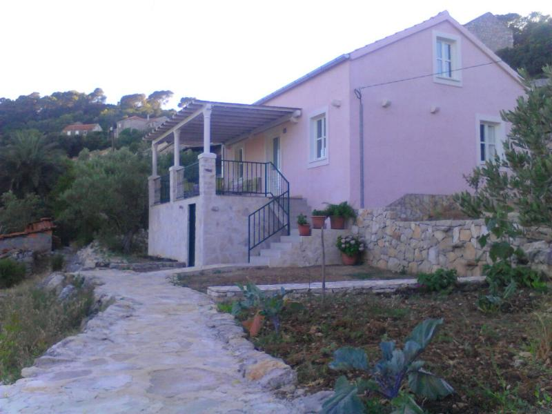 Holiday house in the National Park - Image 1 - Govedari - rentals