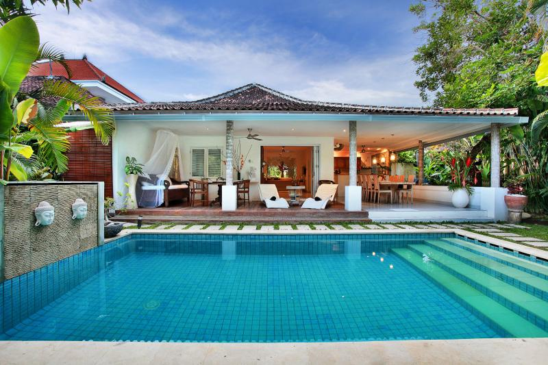 "Gorgeous Villa  with the amazing pool that all the guests rave about. - Villa Heliconia~Affordable ~Luxury ""FROM"" $200  PN - Legian - rentals"