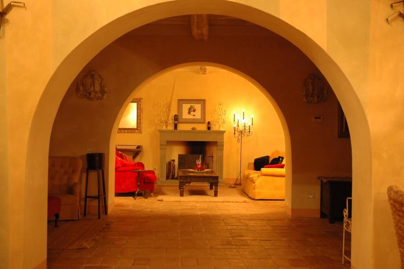 Triple reception area - Unrivalled views, space & facilities on Lucca hill - Lucca - rentals