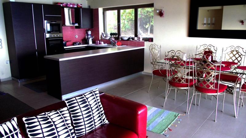 2 bedroom sea view luxury apartment - Image 1 - Corfu - rentals