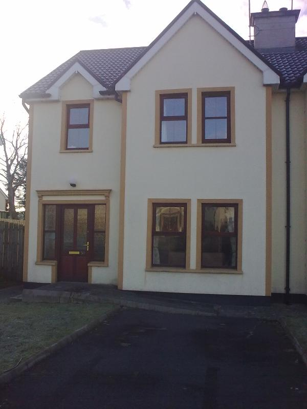 Front of house - Town house - Northern Ireland - rentals