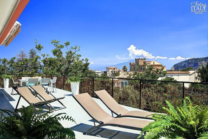 The view from the terrace is beautiful, with views sweeping across the rooftops and gardens. - Casa Crawford - Sant'Agnello - rentals