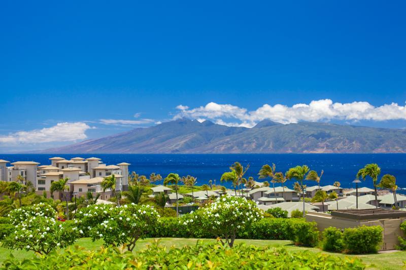 Best Sunset/Ocean, 2 Island View at The Ridge - Image 1 - Kapalua - rentals
