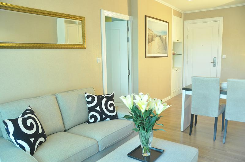 Living-dining room - Siam / 1 min to BTS / FREE airport pick-up / FREE Pocket Wi-Fi - Bangkok - rentals